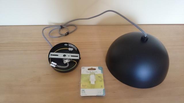 Luminária pendente em aço preto com prata Bella 24cm SE240P + 01 Lâmpada LED E27 - Foto 4
