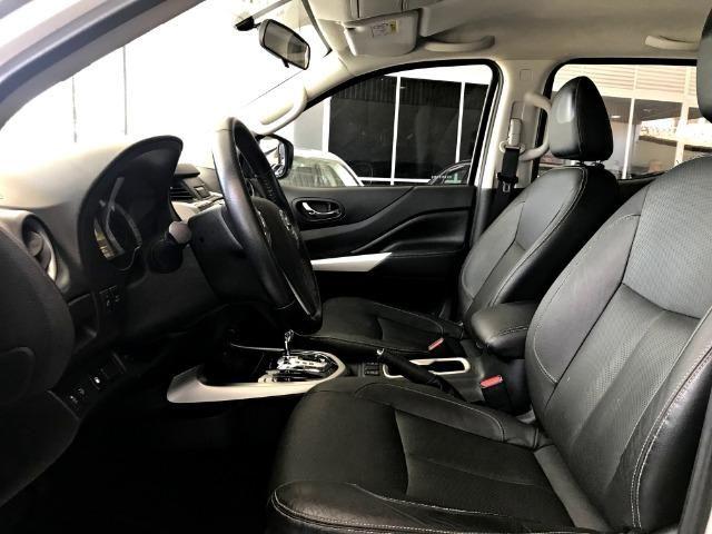 Nissan Frontier LE CD 4x4 2.3. Prata 2017/17 - Foto 12