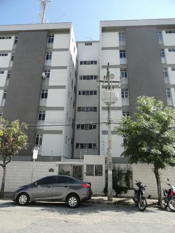 AP0174 - Apartamento 80 m², 02 quartos, 01 vaga, Ed. Cairo, Varjota - Fortaleza/ CE