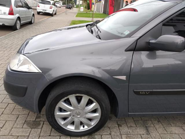RENAULT MEGANE 1.6 SEDAN EXPRESSION 16V FLEX 4P MANUAL - Foto 4