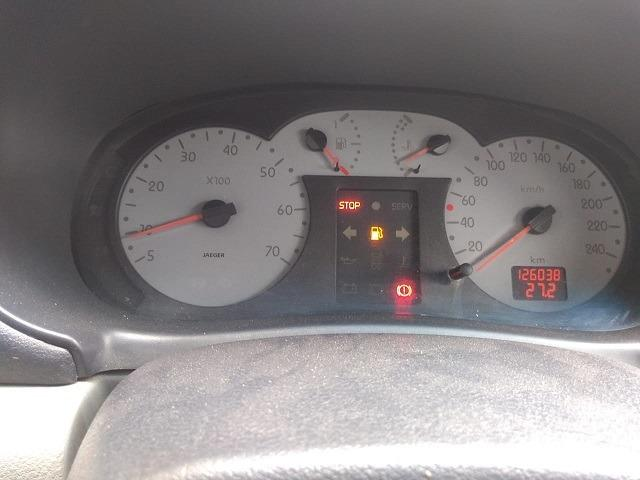 Clio Sedan 1.6 2006 - Foto 10