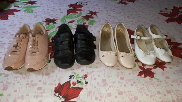 Vendo tudo por essa valor sapatos infantil feminino - Foto 3