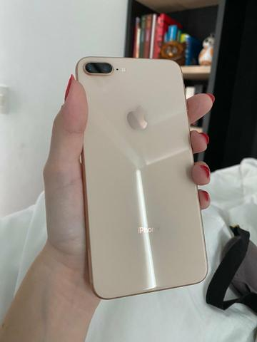IPhone 8 plus 64 GB completo