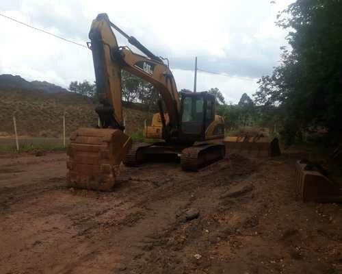 Escavadeira = Entrada + Parcelas - Foto 2