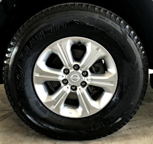 Nissan Frontier LE CD 4x4 2.3. Prata 2017/17 - Foto 5
