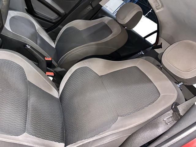 Chevrolet Onix LT 1.0 2015 - Foto 11