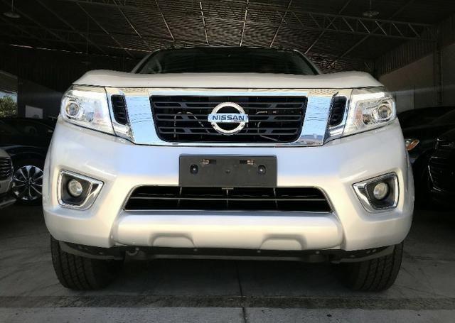Nissan Frontier LE CD 4x4 2.3. Prata 2017/17