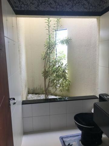 Casa térrea com 310m² - 3 suítes - sala de cinema ? 4 vagas e a 20 minutos de Ponta Negra - Foto 12