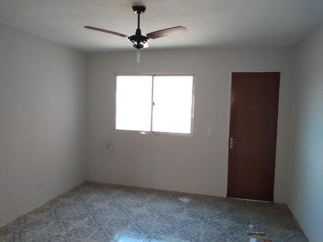 Apartamento 2 Dormitórios com Box Garagem, Centro, Esteio