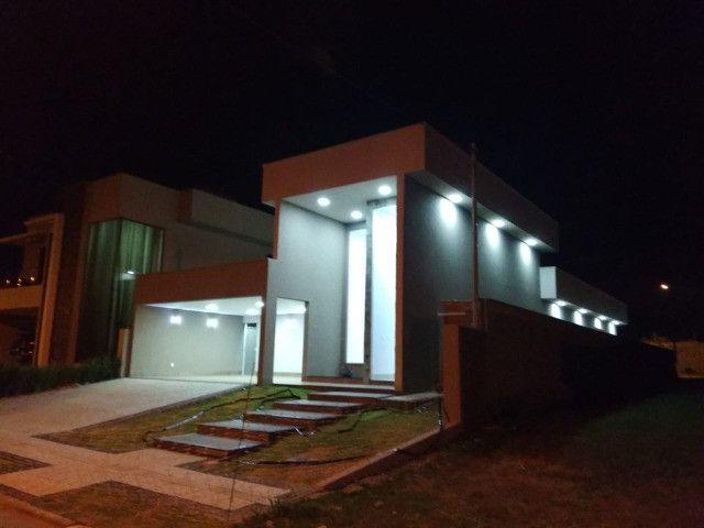 Casa Térrea Alto Padrão - 252 m² Área Construída + 575 m² Terreno - Jardins Lisboa!
