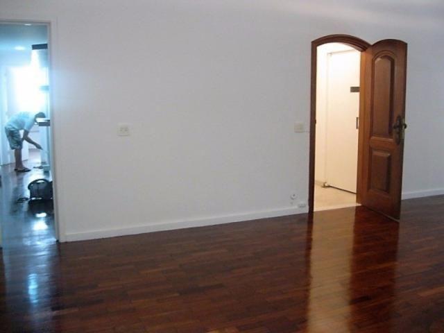 Apartamento impecável na excepcional e tranquilíssima Rua Barão de Jaguaripe !! - Foto 4
