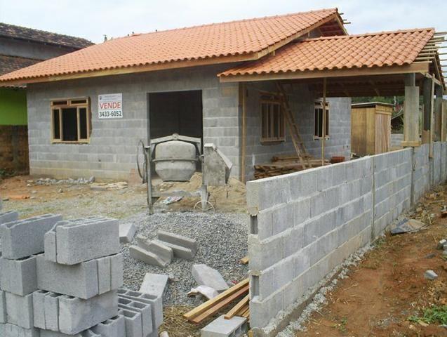 Construímos em toda região dos Lagos região dos Lagos aceitamos seu carro tabela Fipe - Foto 2