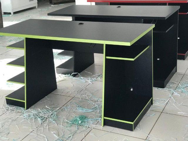 Mesa Gamer Nt 2020 cor preta e verde - Foto 3