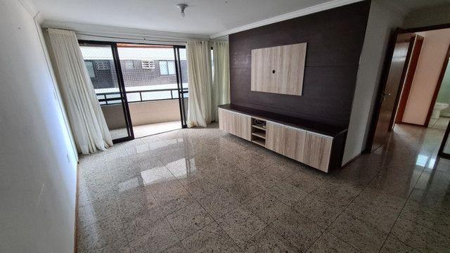 Apartamento de 126m², 3 suítes, 4 quartos, DCE, 3 vagas de garagem, Ponta Verde - Foto 3