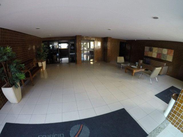 Apartamento de 126m², 3 suítes, 4 quartos, DCE, 3 vagas de garagem, Ponta Verde - Foto 18