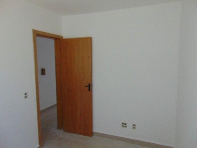 Lindo apto com excelente área privativa de 2 quartos em ótima localização B. Sta Branca. - Foto 5