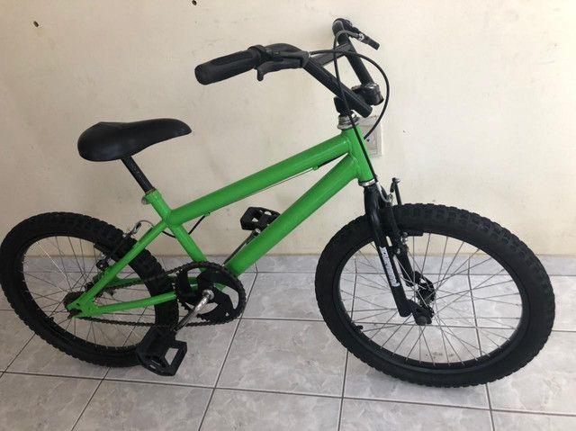 Bicicleta semi nova  - Foto 6