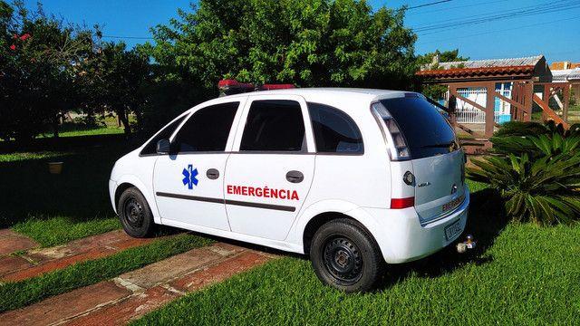 Meriva 2010 ambulância home Care - Foto 3