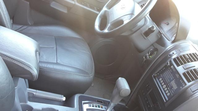 Hyundai Terracan 4x4 Automatica - 7 lugares - Teto Solar - Foto 10