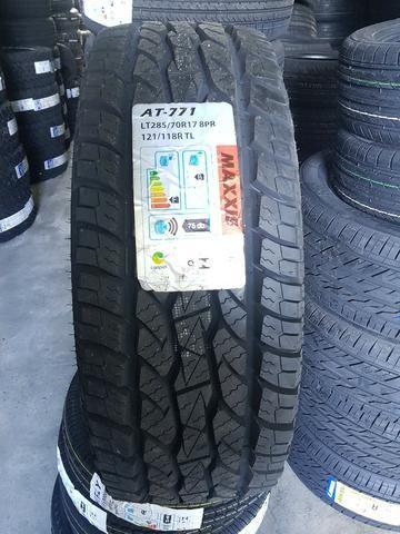 Pneu Maxxis 285/70 R17 121/118R 8 Lonas AT 771 - Novo com garantia