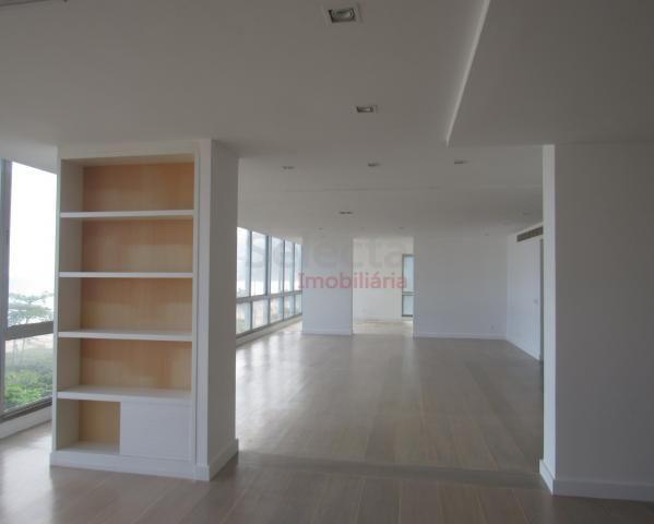 Apartamento de 330 m², lindo, na parte mais nobre e valorizada da Av. Vieira Souto, junto  - Foto 7
