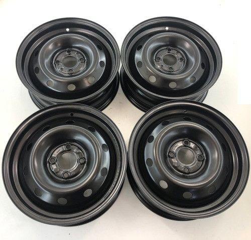 4 rodas de ferro do Fiat Palio com calotas tam. 15