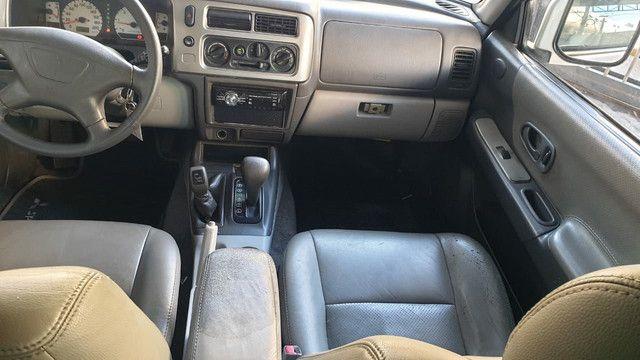 Mitsubishi pajero sport HPE 2.5 Turbo Diesel 4X4 AT  5L - Foto 5