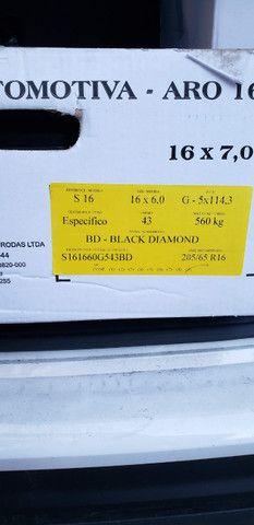 Roda original Hyundai Creta S16 com calota, na caixa nunca usada - Foto 4