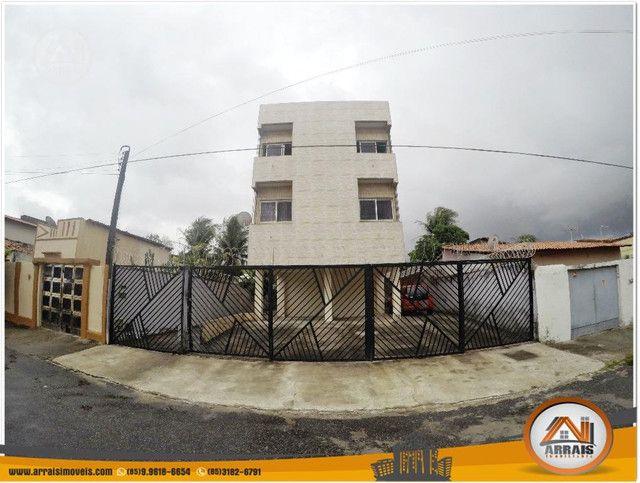 Apartamento à venda, 106 m² por R$ 200.000,00 - Vila União - Fortaleza/CE