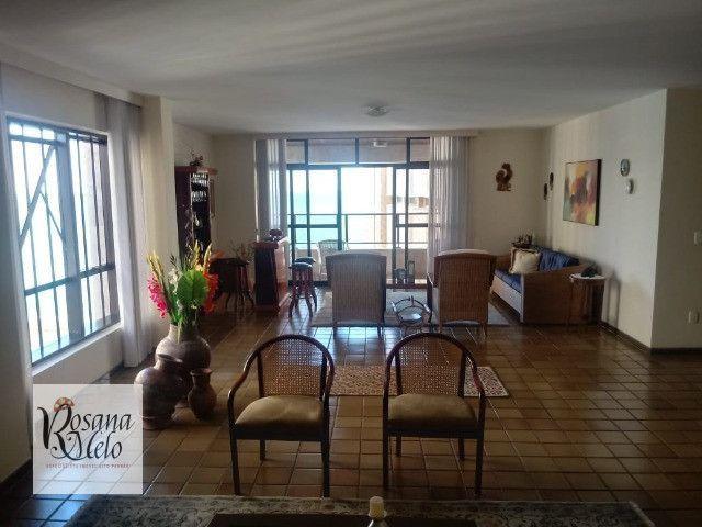 Edf. Viana do Castelo / Apartamento em Boa Viagem / 230 m² / 4 suítes / Vista p/ o mar