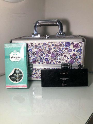Kit maquiadora - maleta grande, cílios e paleta de sombras Make B - Boticario