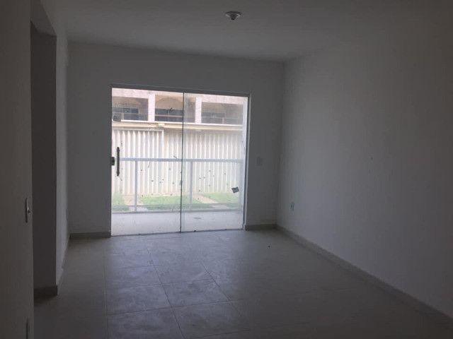 Apartamento à Venda com 2 quartos,sendo 1 suíte, 1 vaga e 72m² por R$ 210.000 - Foto 16
