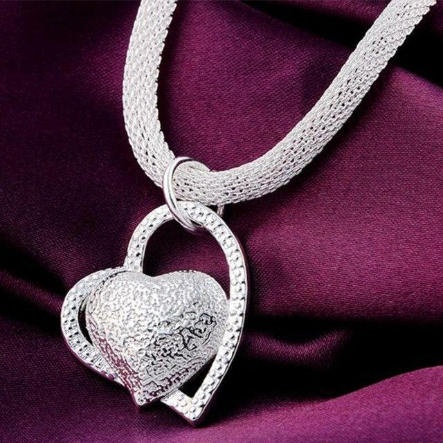Colar com pingente Duplo de coração folheado em Prata - Foto 3