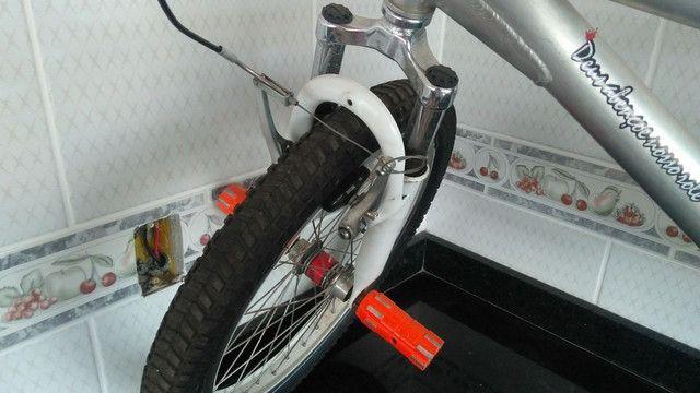 Vendo bicicleta aro 20 - Aluminio - Foto 3