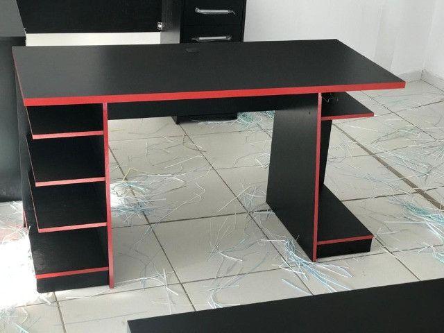 Mesa Gamer Nt 2020 cor preta e vermelho - Foto 3