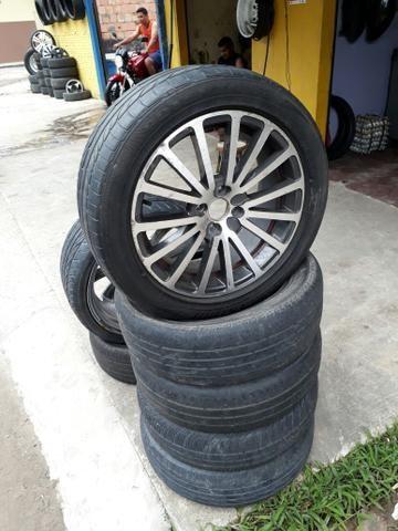 Aro 17 top com pneus novos