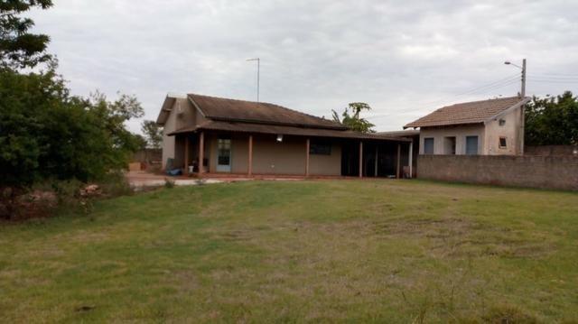 Chácara com área de 2.000m² à 15 km do centro de Ourinhos SP