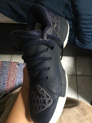 wholesale dealer 220b8 27ef9 Tênis Adidas Harden BTE