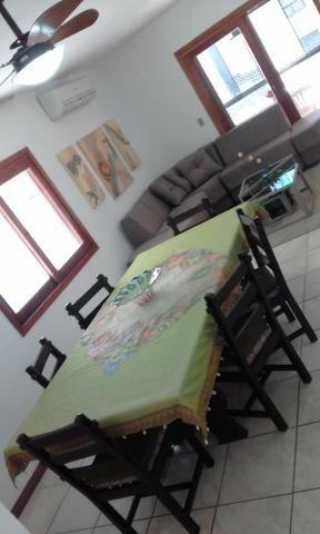 Apartamento confortável enorme e bem localizado- aluguel de temporada! Cel com Whats - Foto 2