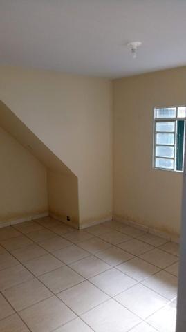 QD 01 S.Oeste Gama - Alugo Casa de Fundos 02 Quarto com Garagem Independente - Foto 2