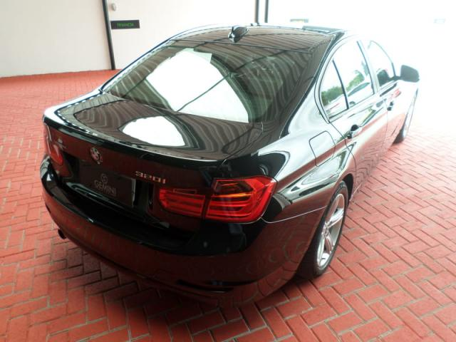 BMW 320I 2.0 16V TURBO ACTIVE FLEX 4P AUTOMATICO - Foto 7