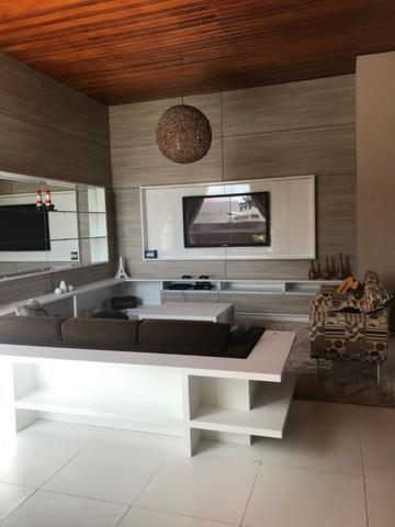 Casa térrea com 310m² - 3 suítes - sala de cinema ? 4 vagas e a 20 minutos de Ponta Negra - Foto 9