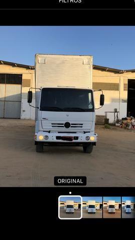 Caminhão mercedes 1718/2011