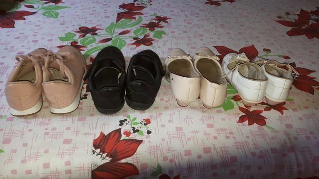 Vendo tudo por essa valor sapatos infantil feminino - Foto 2