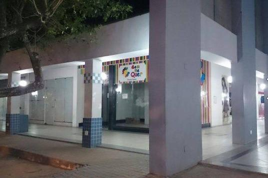 Loja no Shopping de Teixeira de Freitas com mezanino - Foto 2
