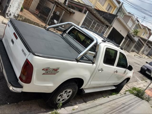 Hilux 2008 D4D turbo diesel só 53,000 - Foto 6