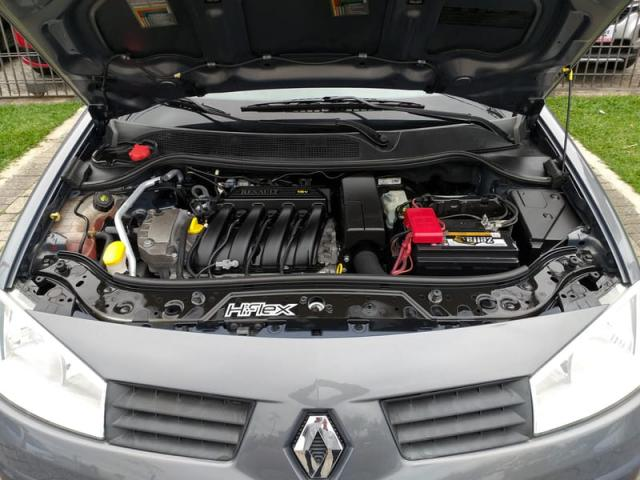 RENAULT MEGANE 1.6 SEDAN EXPRESSION 16V FLEX 4P MANUAL - Foto 8