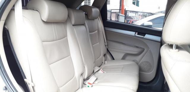KIA SORENTO 2014/2015 2.4 16V GASOLINA EX AUTOMÁTICO - Foto 13