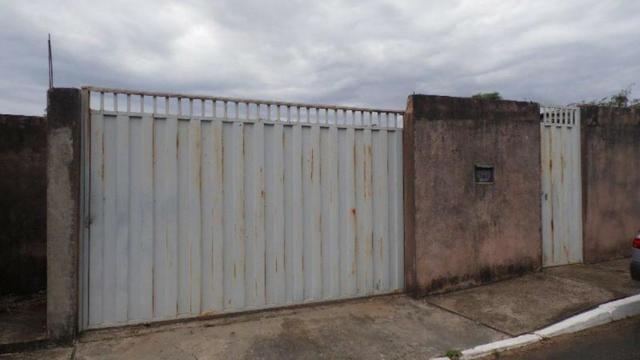 Casa a venda Condomínio Vivendas Lago Azul / 02 Quartos / Grande Colorado Sobradinho DF /