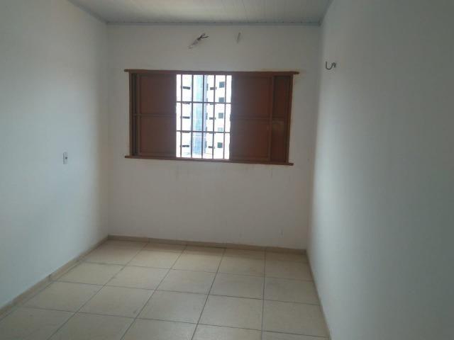Apartamento novo com 01 suíte, condomínio fechado, próximo ao CEV, Bairro Ilhotas! - Foto 9